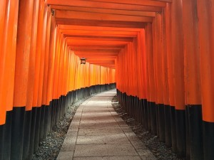 shrine-1031662_640